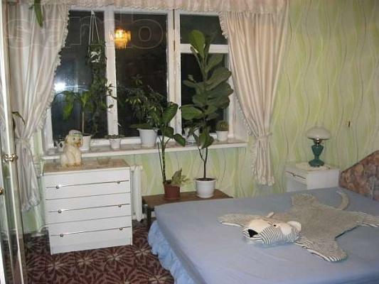 2-комнатная квартира посуточно в Шостке. Депутатская , 15. Фото 1