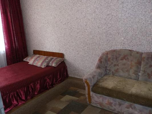 1-комнатная квартира посуточно в Кременчуге. ул. Воровского, 31/20. Фото 1