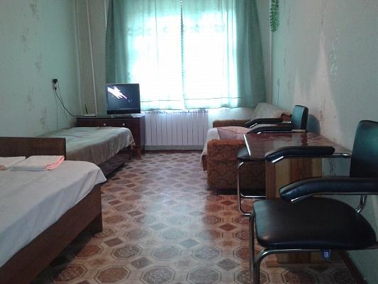 1-комнатная квартира посуточно в Шостке. ул. Депутатская, 17. Фото 1