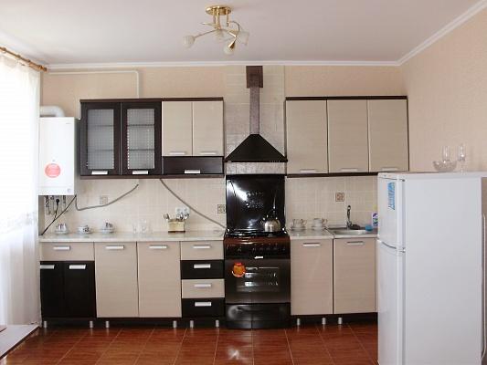 1-комнатная квартира посуточно в Каменце-Подольском. ул. Огиенко, 39. Фото 1