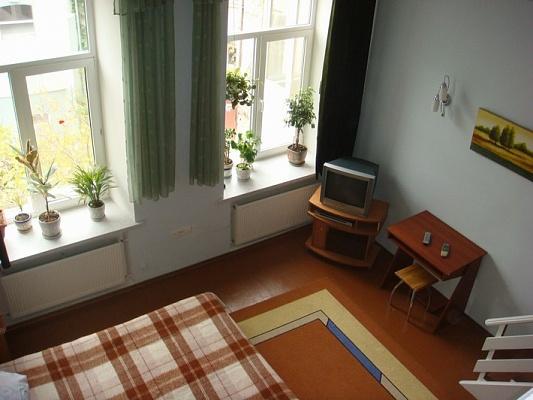 1-комнатная квартира посуточно в Одессе. Приморский район, пл. Екатериненская, 4а. Фото 1