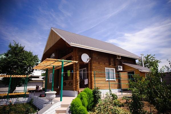 Дом  посуточно в Севастополе. Нахимовский район, ул. Весенняя, 36. Фото 1