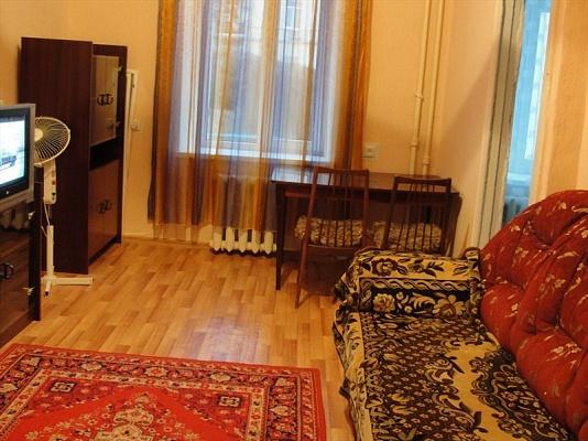 1-комнатная квартира посуточно в Севастополе. Ленинский район, ул. Луначарского, 23. Фото 1