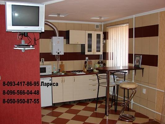 1-комнатная квартира посуточно в Хмельницком. ул. Соборная, 56. Фото 1