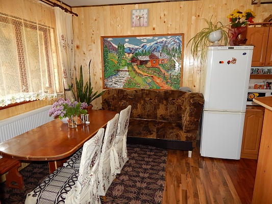 Дом  посуточно в Микуличине. ул. Грушевского, 22. Фото 1