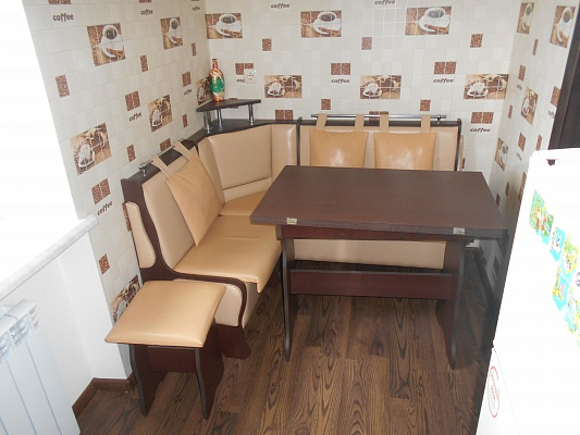 1-комнатная квартира посуточно в Миргороде. ул. Независимости, 2. Фото 1