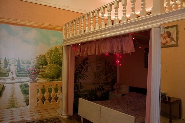 2-комнатная квартира посуточно в Львове. Галицкий район, ул. Хмельницкого, 5. Фото 1
