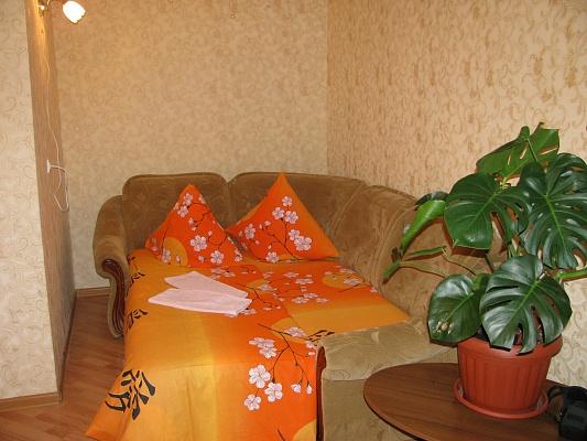 1-комнатная квартира посуточно в Луцке. пр-т Воли, 37. Фото 1