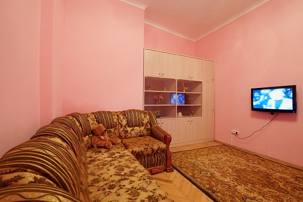 2-комнатная квартира посуточно в Львове. Галицкий район, ул. Костюшка, 20. Фото 1