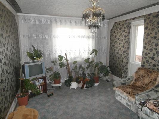2-комнатная квартира посуточно в Полтаве. Октябрьский район, ул. Калинина, 33а. Фото 1