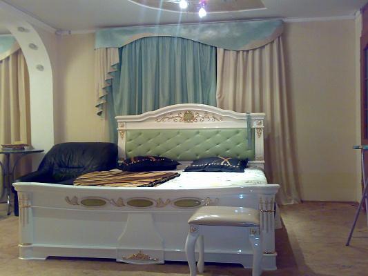 3-комнатная квартира посуточно в Кировограде. Ленинский район, ул. Гагарина, 9. Фото 1