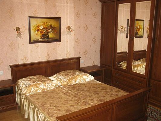 1-комнатная квартира посуточно в Ялте. ул. Боткинская, 3. Фото 1