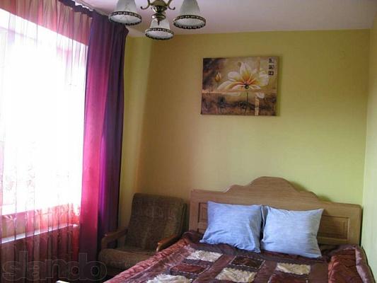 1-комнатная квартира посуточно в Трускавце. ул. Прыстая, 1. Фото 1
