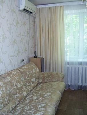 1-комнатная квартира посуточно в Измаиле. ул. Клушина, 11. Фото 1