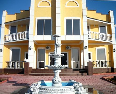 Мини-отель  посуточно в Евпатории. п. Береговое, ул. Приморская, 5. Фото 1