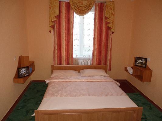 1-комнатная квартира посуточно в Черкассах. ул. Героев Днепра, 69. Фото 1