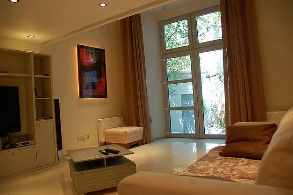 3-комнатная квартира посуточно в Одессе. Приморский район, пер. Чайковского, 8. Фото 1