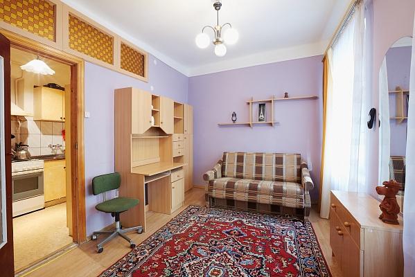 2-комнатная квартира посуточно в Львове. Галицкий район, ул. Дудаева, 18. Фото 1
