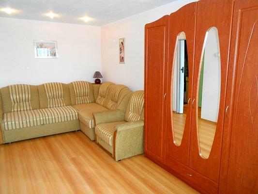1-комнатная квартира посуточно в Ровно. Гагарина, 45. Фото 1