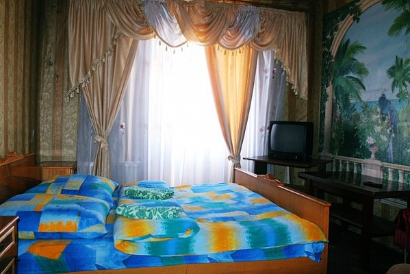 2-комнатная квартира посуточно в Тернополе. ул. Б. Хмельницкого, 2. Фото 1