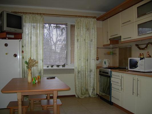 1-комнатная квартира посуточно в Хмельницком. ул. Институтская, 15. Фото 1