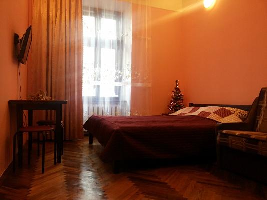 1-комнатная квартира посуточно в Львове. Галицкий район, ул. Гоголя, 9. Фото 1