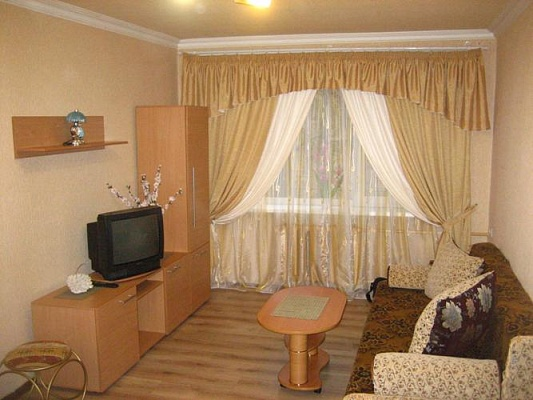 1-комнатная квартира посуточно в Харькове. Дзержинский район, ул. Шекспира, 12. Фото 1
