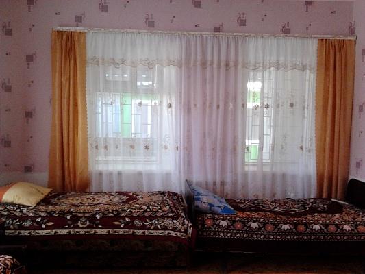 Дом  посуточно в Бердянске. Красная, 55(1). Фото 1