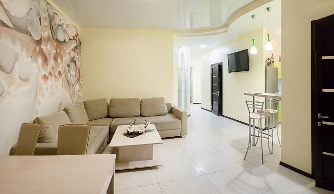 3-комнатная квартира посуточно в Одессе. Приморский район, Гагаринское Плато, 5-А. Фото 1
