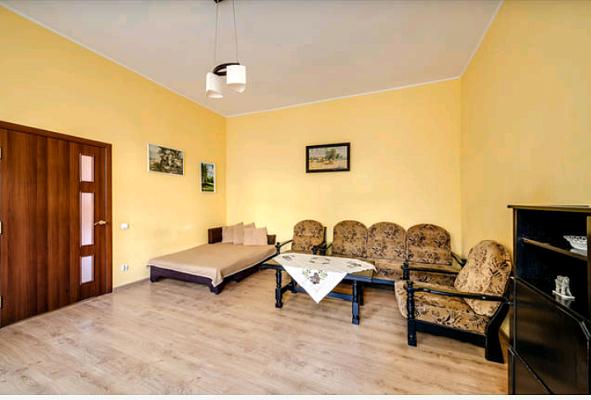 2-комнатная квартира посуточно в Львове. Лычаковский район, ул. Левицкого, 50. Фото 1