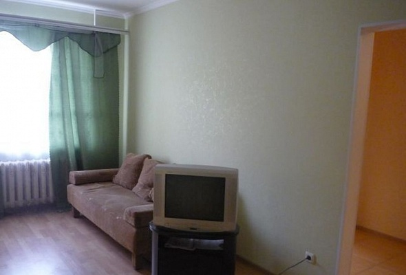 1-комнатная квартира посуточно в Керчи. пер. 5-й Босфорский, 3. Фото 1