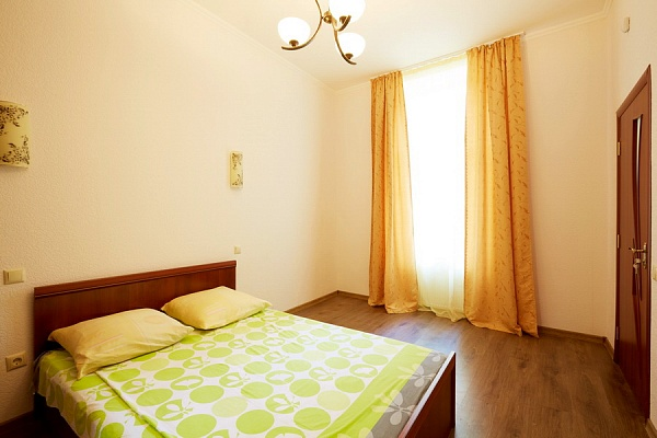 2-комнатная квартира посуточно в Львове. Галицкий район, вул. Огиенка. Фото 1