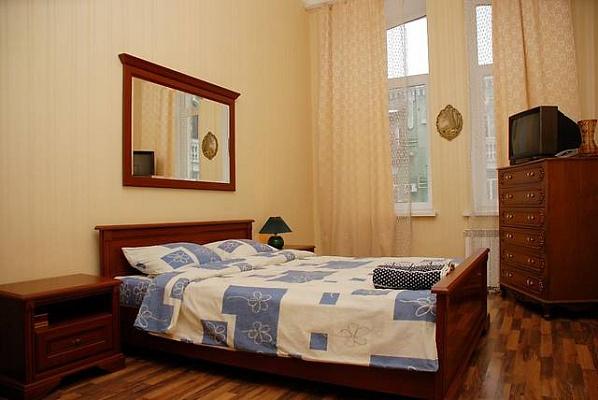 1-комнатная квартира посуточно в Тернополе. ул. Карпенка, 30. Фото 1