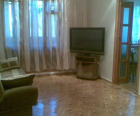 1-комнатная квартира посуточно в Одессе. Киевский район, ул. Королёва, 80. Фото 1