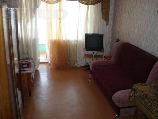 1-комнатная квартира посуточно в Евпатории. ул. Демышева, 160. Фото 1