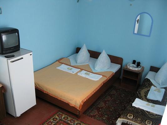 Мини-отель  посуточно в Кирилловке. ул. Новая, 25. Фото 1