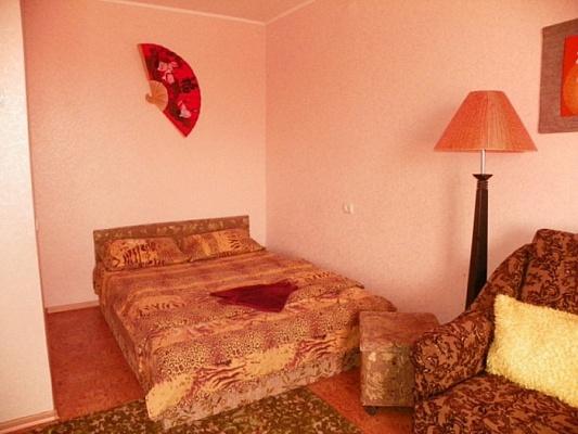 1-комнатная квартира посуточно в Сумах. Заречный район, пр-т Михаила Лушпы, 9. Фото 1