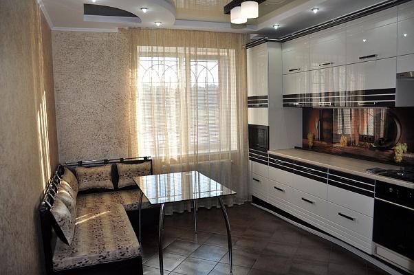 1-комнатная квартира посуточно в Виннице. Ленинский район, ул. Бортняка, 2. Фото 1