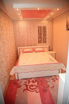 2-комнатная квартира посуточно в Хмельнике. ул. 1-го Мая, 17. Фото 1
