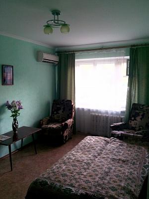 2-комнатная квартира посуточно в Бердянске. ул. Лиепайская, 12. Фото 1