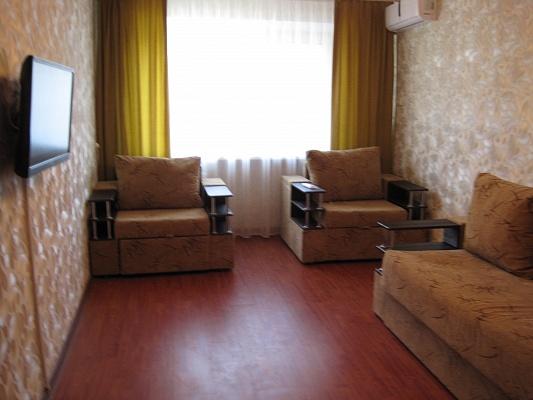 2-комнатная квартира посуточно в Горловке. пр-т Победы, 82. Фото 1
