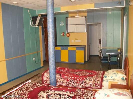 1-комнатная квартира посуточно в Каменце-Подольском. Cуворова, 30. Фото 1