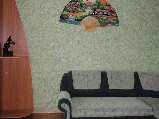 2-комнатная квартира посуточно в Миргороде. ул. Д. Апостола, 6. Фото 1