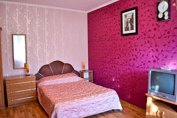 1-комнатная квартира посуточно в Алуште. ул. Пионерская. Фото 1
