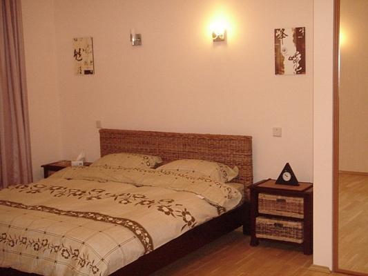 1-комнатная квартира посуточно в Мариуполе. пр-т Ленина, 90. Фото 1