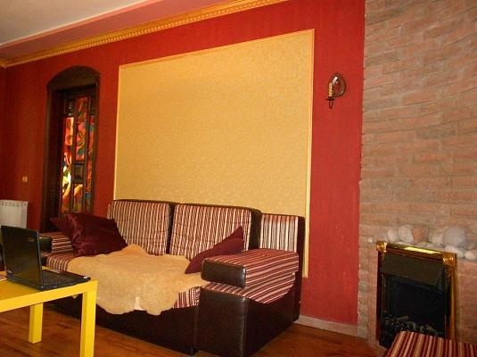 2-комнатная квартира посуточно в Виннице. Ленинский район, ул. Архитектора Артынова, 55. Фото 1