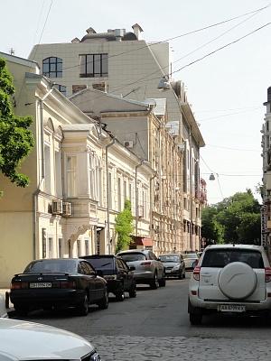 1-комнатная квартира посуточно в Одессе. Приморский район, ул. Л. Качинского, 3. Фото 1