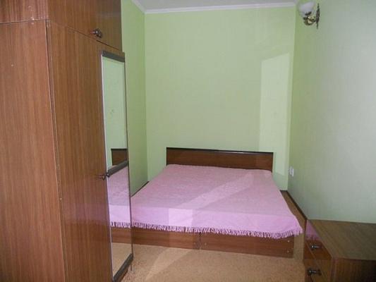 2-комнатная квартира посуточно в Каменце-Подольском. пл. Армянский рынок. Фото 1
