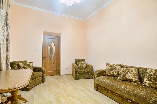 2-комнатная квартира посуточно в Львове. Галицкий район, ул. Костюшко, 3. Фото 1