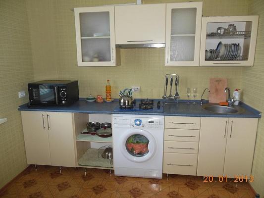 1-комнатная квартира посуточно в Белой Церкви. ул. Славина, 70. Фото 1